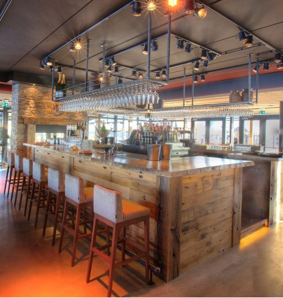 Laska Bar rek voor Concours bouw